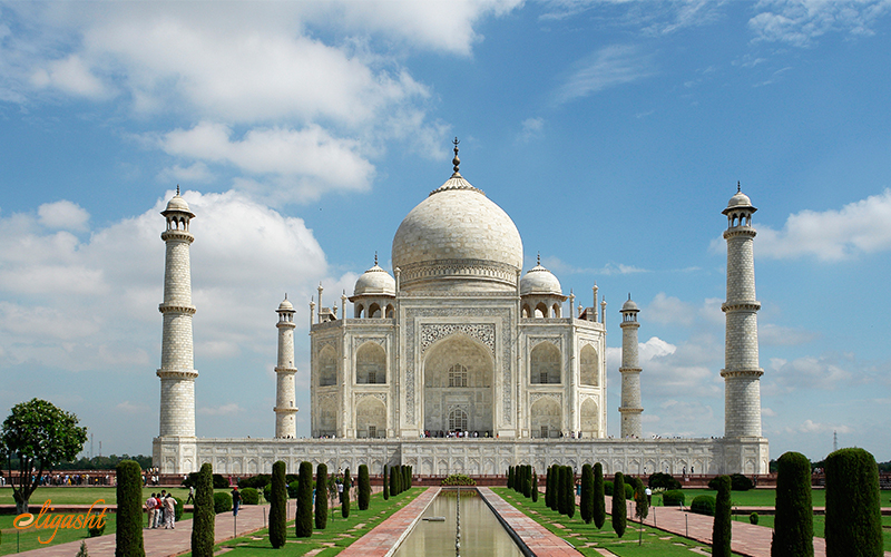 Indian wonder Taj Mahal