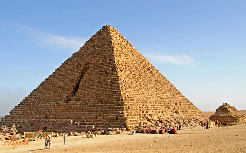 Menakure Pyramid in Giza
