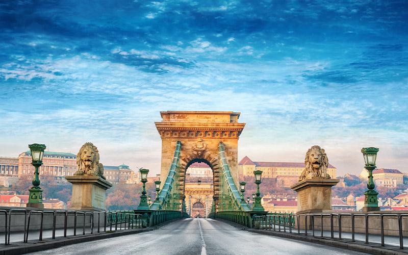 travel-to-Budapest