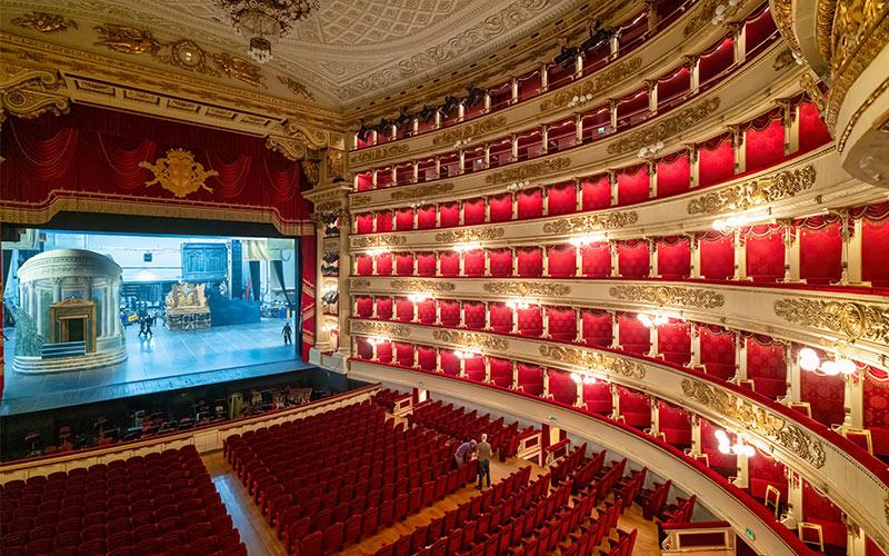 2-World-famous-La-Scala