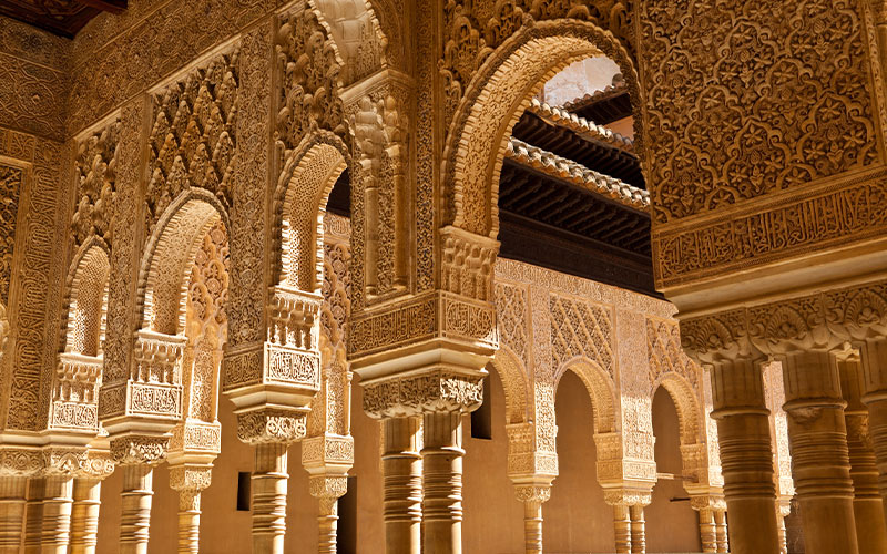palace-of-Alhambra-SPAIN