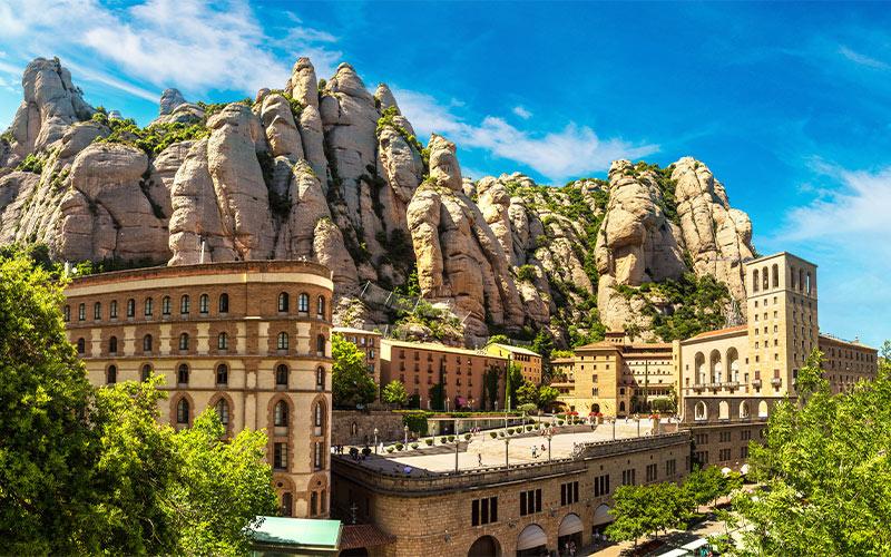 1-Montserrat-Mountain