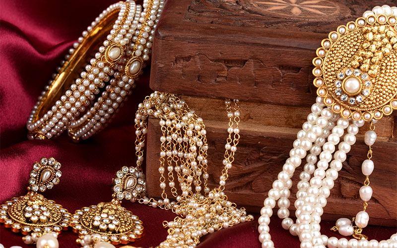 Indian-traditional-jewelry