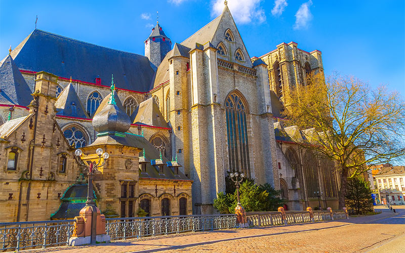 Michael-church-cathedral-in-Ghent
