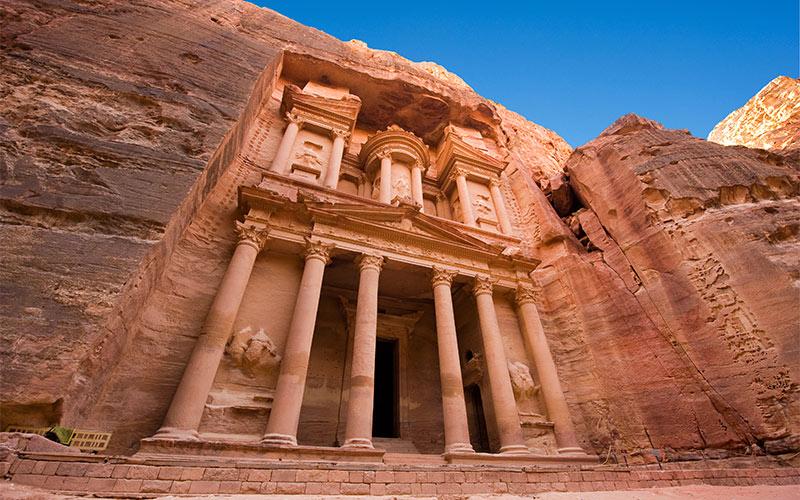 The-treasury-or-Al-Khazna