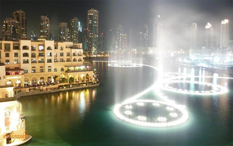 majestic Dubai Fountain