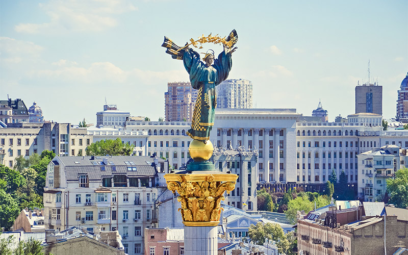 Khreshchatyk-and-Independence-Square
