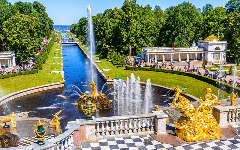 Peterhof-Palace-and-Sea-Channel