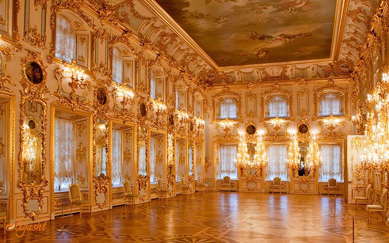 peterhof palace interior